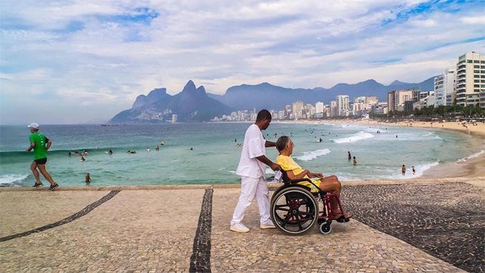 نقش تبلیغات فضای مجازی در توسعه گردشگری سلامت